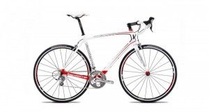 http://onlinebicycles.in/cms/product-category/bikes/road-bicycles/