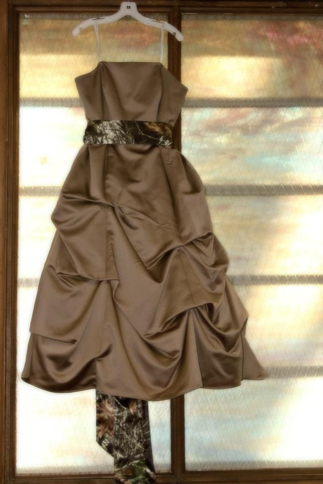 Tan wedding dress with Camo sash/bow @Robin S. Patterson Markum or maybe this