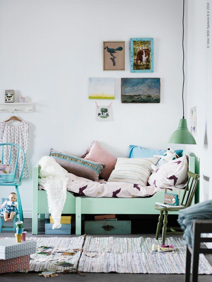 Wij zijn er dol op en dit keer een meisjeskamer Mintgroen. Een frisse kleur en zeer geschikt voor in de baby- en kinderkamer. De kleur mintgroen kan
