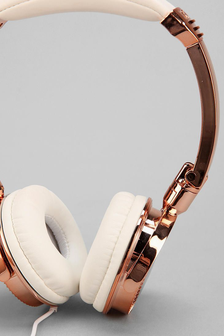 LMNT Metallic Headphones rose gold headphones!