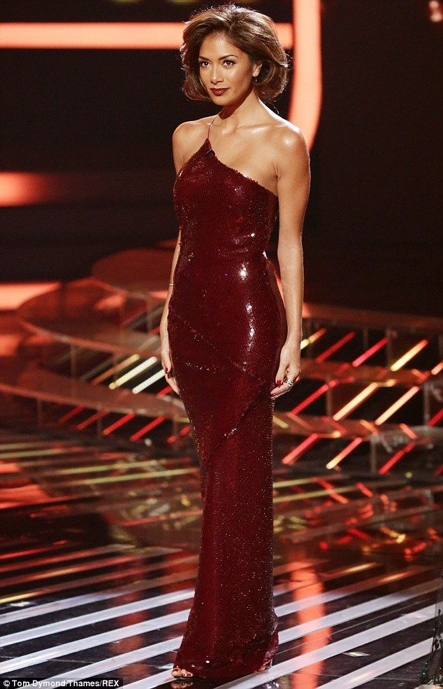 She's definitely got The X Factor! Nicole Scherzinger scored a style success yet again on Saturday night's show as she turned on the retro glamour in a slinky floor-length sequin gown