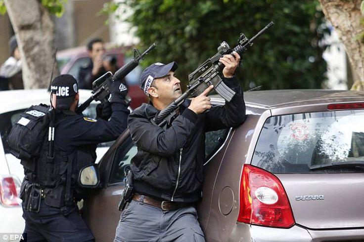 Βίντεο σοκ: Έτσι αιματοκύλησαν την καφετέρια στο Τελ Αβίβ | 24Cosmonews