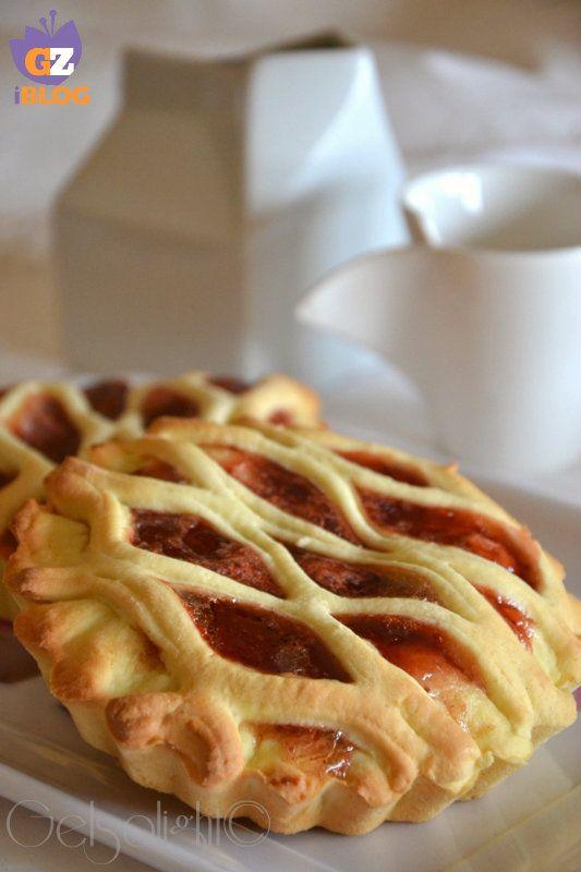 Crostatine light alla confettura di fragole - una ricetta senza burro ne olio