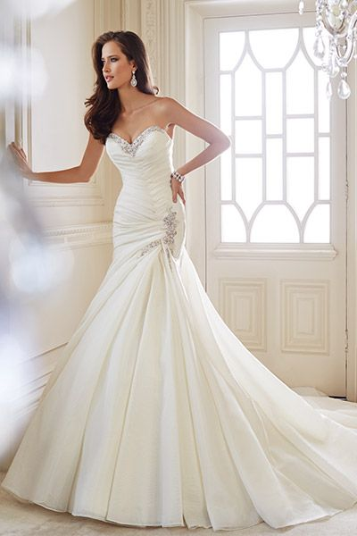 114 best Mermaid Wedding Gowns images on Pinterest | Short wedding ...