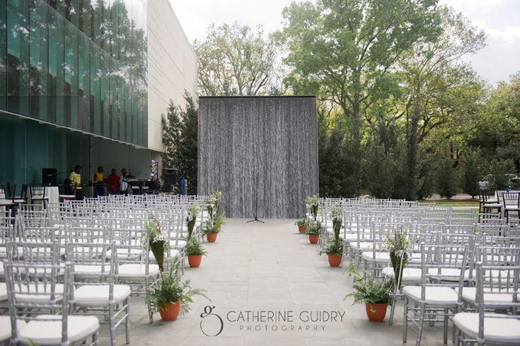 Wedding Inspriation First Look Photos Modern UL Art Museum Outdoor Weddings Venues Louisiana Catherineguidry