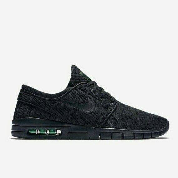 New Stock !!! Bagusss banget.... Dibuat couple sama sahabat tercinta juga bagus.. Harga terjangkauuuu  Nike SB Stefan Janoski Harga : 280.000,- Size : 36 - 42 Picture yang kami upload adalah hasil  picture ***Happy Shopping***  Fast Respons : LINE@ : http://line.me/ti/p/%40tokobelibeli Instagram : @tokobelibeli  #nike #nikesbstefanjanoski #nikesbstefanjanoskiimport #nikesbstefanjanoskigradeori