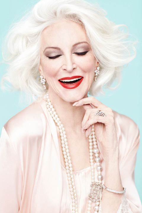 TRENDING!! FABULOUS AT EVERY AGE  ...♥♥... Carmen Dell'Orefice