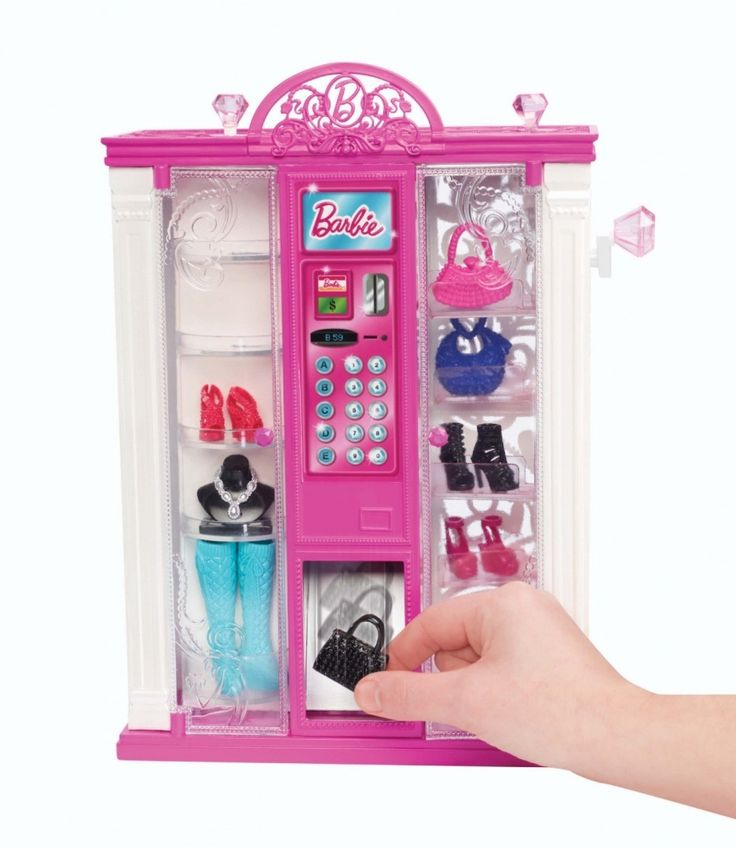 Barbie vending machine fishpond 35