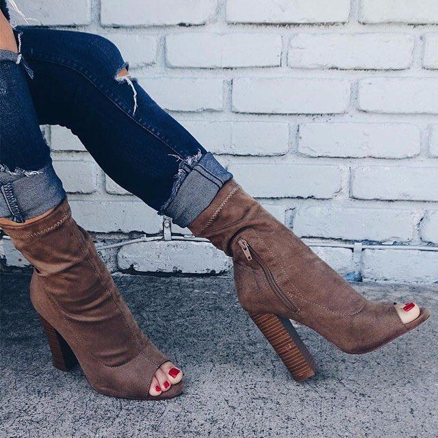 When @livelovewearit styles your booties to perfection. 😍 http://fave.co/2dj7xFO