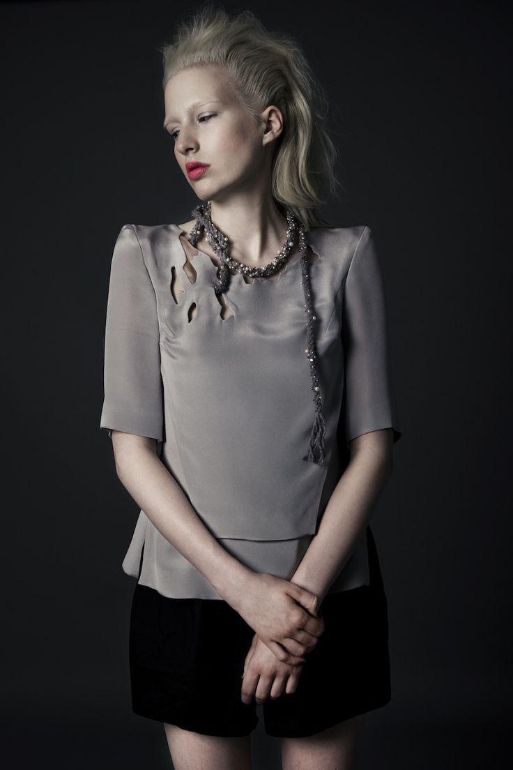 #AsiaWysoczynska * Jaroszek REVS magazine  /#abelejo top /#KlaraKostrzewska necklace