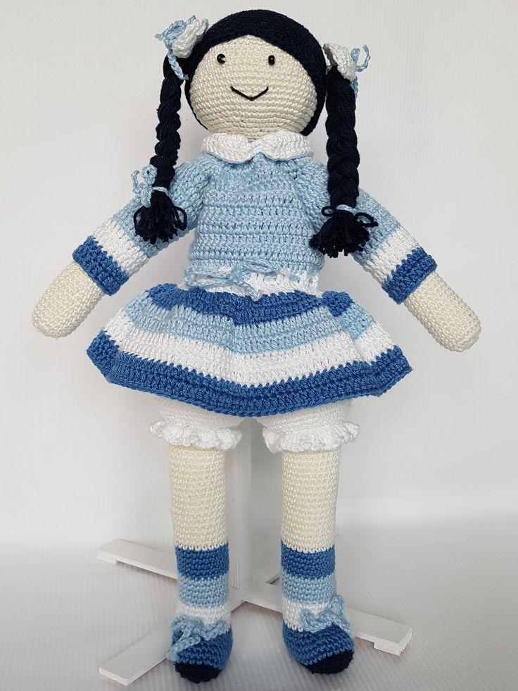Crochet doll Anielka. Lalka zrobiona na szydełku Anielka. hand made dolls cotton crochet toy gift girl lalki szydełko zabawka ręczna praca ręczne robótki bawełna