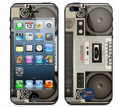 Turn you #iPhone5 into a Stereo Radio with this special #skin !