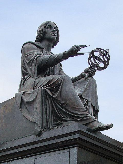 Statue of Nicolaus Copernicus, Staszic Palace, ul. Nowy Świat, Warsaw, Poland