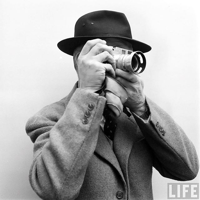 WEBSTA @ oneliners - Henri Cartier-Bresson with his Leica M3 - 1950s © Dmitri Kessel -------------------------------------------------- #photographer #oldcamera #landcamera #filmcamera #vintagecamera #historic #camera #cameras #bnwphotography #cameralover #camaras #photographe #cameraporn #ishootfilm #filmisnotdead #believeinfilm #antiquecamera #retrocamera #oldcameras #vintagecameras #cameracollection #leica #portrait #photography #leicacamera #cartierbresson #henricartierbresson #1950s…