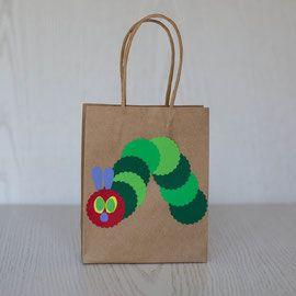 Geschenktüten für den Kindergeburtstag - Raupe Nimmersatt