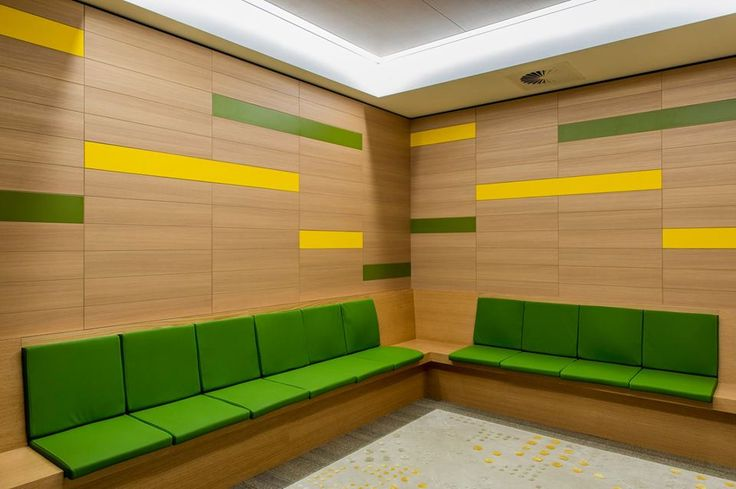 Navurban™ Oakdale | This design by Silver Thomas Hanley at the RPA Hospital demonstrates the beautiful capabilities of Navurban Oakdale™, which is complimented by the lively lemon & lime colours.