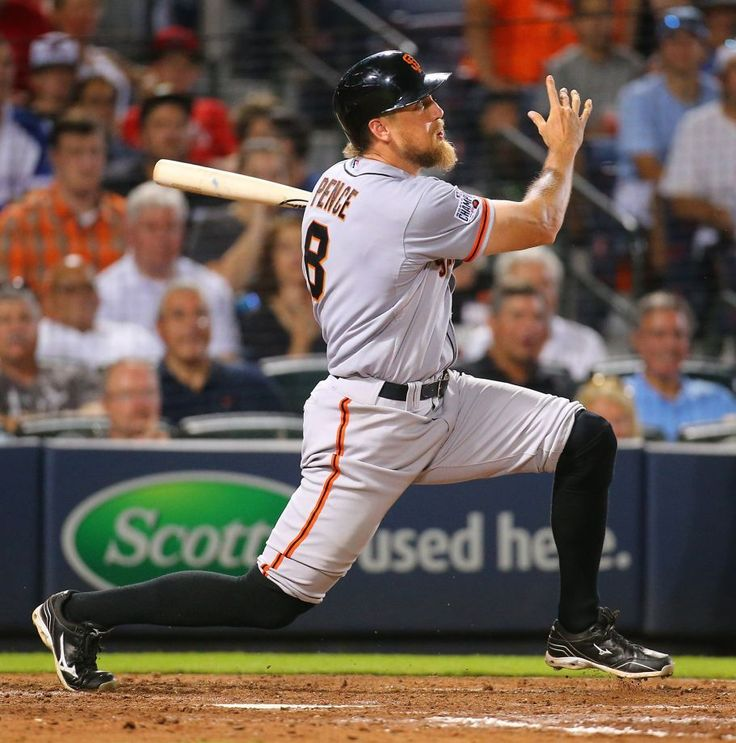 The San Francisco Giants' Hunter Pence hits a three-run run against the Atlanta Braves during the eighth inning at Turner Field in Atlanta on Tuesday, Aug. 4, 2015. (Curtis Compton/Atlanta Journal-Constitution/TNS) Photo: Curtis Compton, McClatchy-Tribune News Service