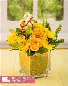 Easter - Flowers and Gifts: Easter Lindt Bunny in a Glass Vase!