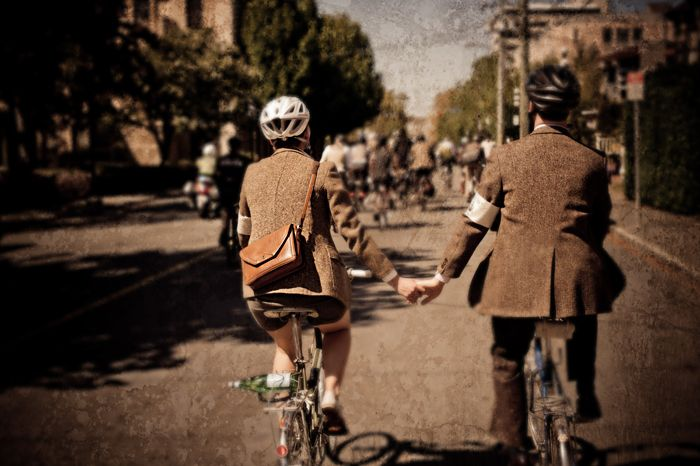 Tweed Bike Ride, Victoria BC