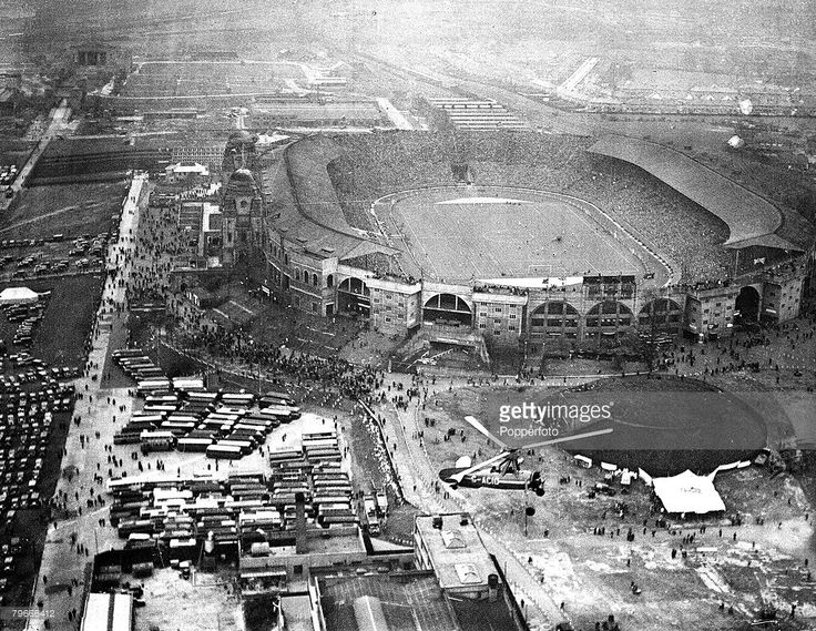 Football, 1936 FA Cup Final, 25th April 1936, London, England, Arsenal 1 v Sheffield United 0, An Aerial view of Wembley Stadium during the match