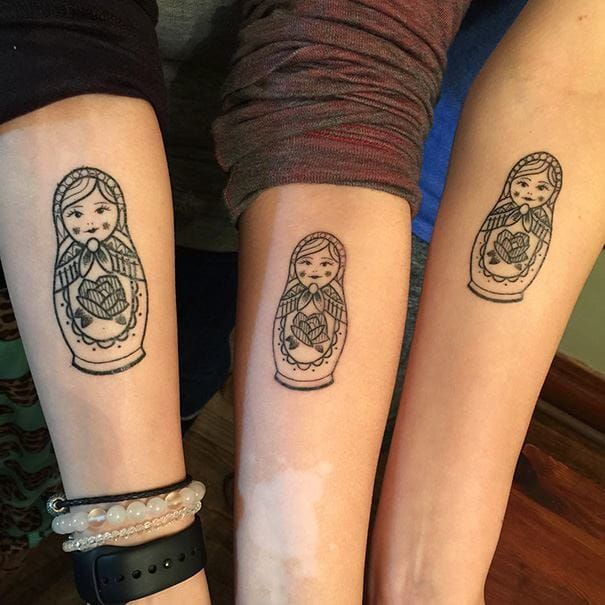 Traditional Matryoshka Russian doll tattoos in different sizes are also a cool sister tattoo