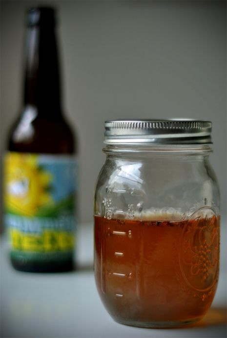Fruit fly catcher: One medium sized jar with lid - poke holes in top. Pour in 1/2 cup beer, fruit juice or apple cider vinegar.