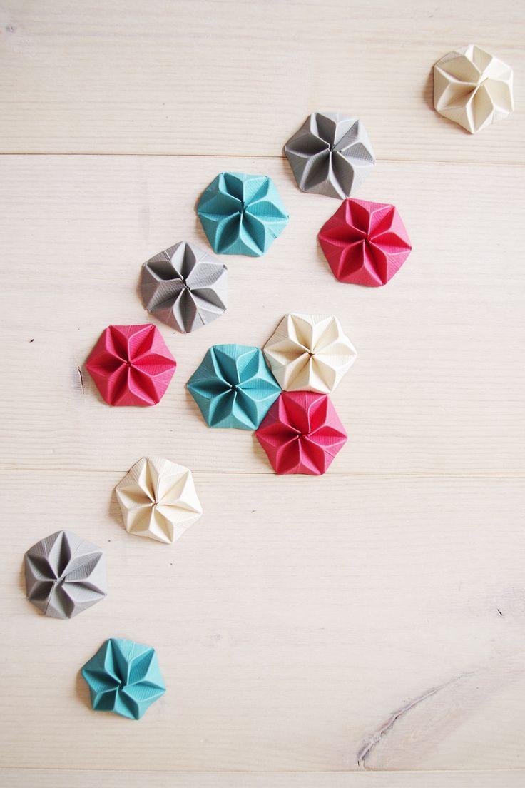 {DIY & VIDÉO} Ma boite à mouchoir en Kraft et cocarde de papier en Origami
