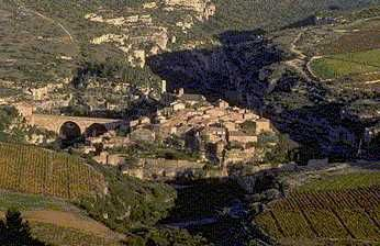 http://dolphyns.free.fr/images/Cathares/Minerve1.jpg