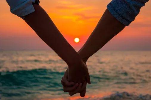 Plan a romantic beach proposal at sunset