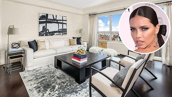 Srdcem bytu modelky Adriany Limy (v kroužku) je prostorný a světlý obývací pokoj s výhledem na Central Park.