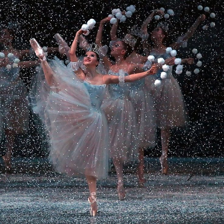 "Indiana Woodward, ""The Nutcracker"" choreography by George Balanchine, New York City Ballet (2013) - Photographer Andrea Mohin"