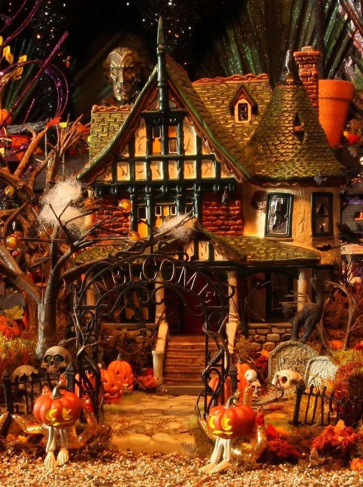 halloween tree house in sherman oaks