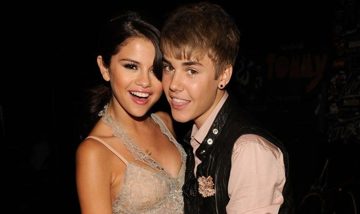 Celeb Community Buzzes As Selena Gomez And Justin Bieber Reconnect