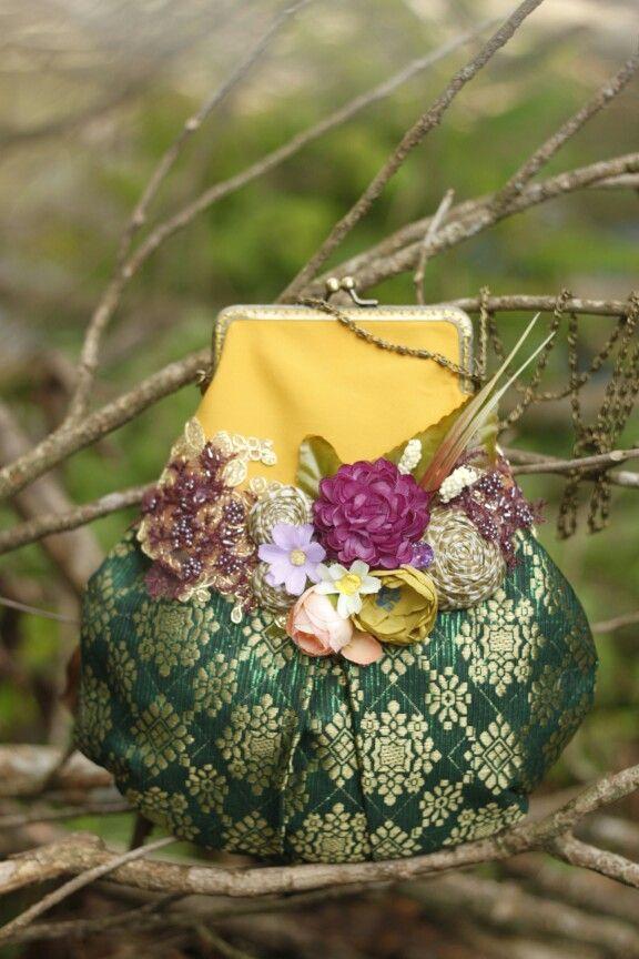 songket frame purse