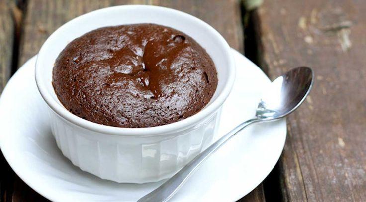 Date 5 minutos para preparar el mejor pastel de chocolate de tu vida