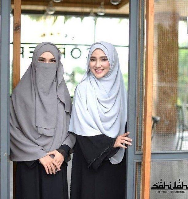 Assalamualaikum sahabat Shalihah Berhijab bukan hanya untuk wanita yang pandai agamanya saja berhijab  juga bukan hanya untuk wanita yang pandai mengaji saja tapi berhijab adalah kewajiban bagi semua wanita yang mengaku dirinya muslimah :) . Kami ingin merekomendasikan produk  @sahilah_ yang insyaa Allah akan membantu para shalihaat yang  sedang berproses hijrah menuju lebih baik. . Menyediakan Khimar syari. Juga cadar bagi yang sudah berniqab. Dengan beragam warna dan bahan yang…