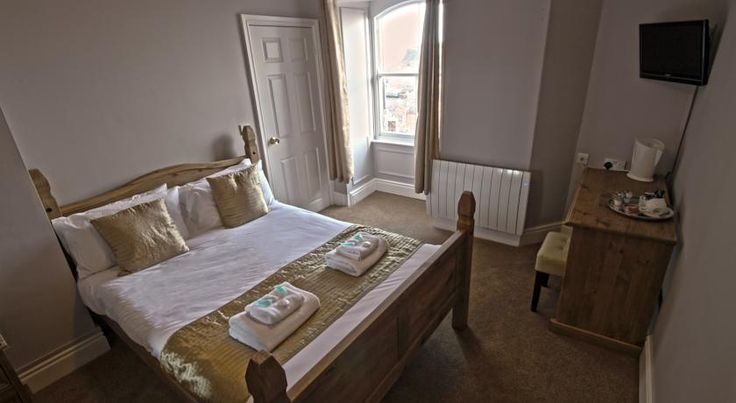 The Resolution Hotel, Whitby, UK - Booking.com