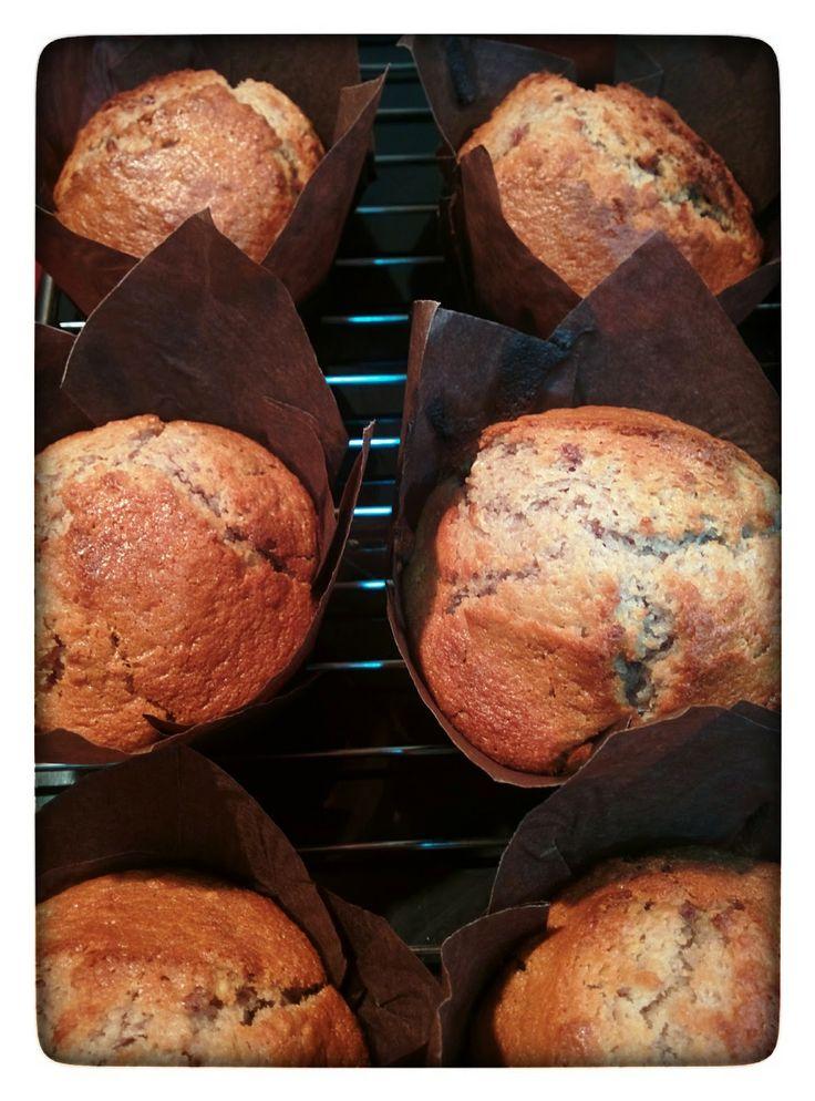 Muffins de Chocolate Blanco y Mermelada de Mora