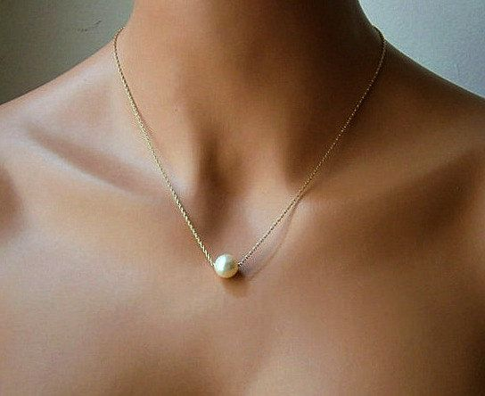 Single Pearl Necklace In Gold With Cream Swarovski by casamoda, $16.00 I LOVE THIS WOWOOWOWOW