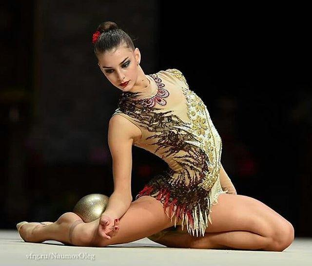 #alexandrakis #rg #gymnastiquerythmique #гимнастика #хг #художественная #gimnasiaritmica #flexibilidad #flexibility #ginnasta #ginnastica #sport #deporte #gimnasia #ritmica #rhythmic #gymnastics #rhythmique #gymnastique #esport #rhythmicgymnastics #gymnast #gimnasta