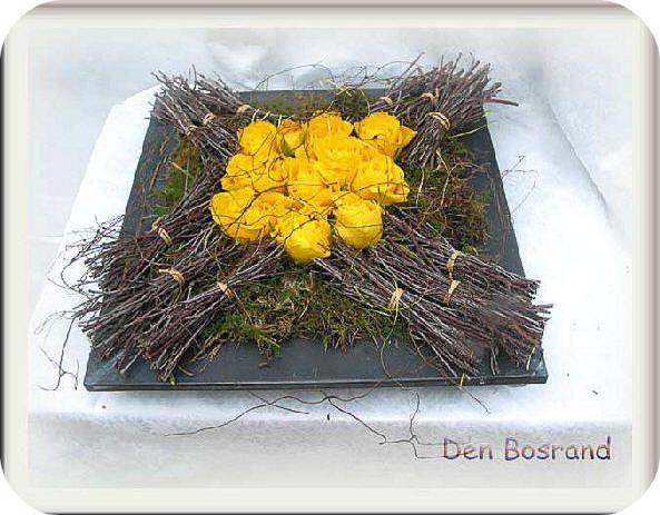 bloemstuk maken met gele rozen en berkentakken bloemstuk, maken, bloemstukje, paasstukje, paasstuk, paasstukjes, bloemstukjes, hobby, creatief, knutselen, cursus, workshop