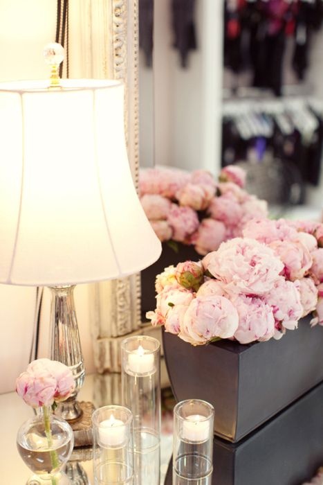 : Decor, Lamps, Pink Flower, Side Tables, Soft Pink, Candles, Fresh Flower, Pink Rose, Pink Peonies