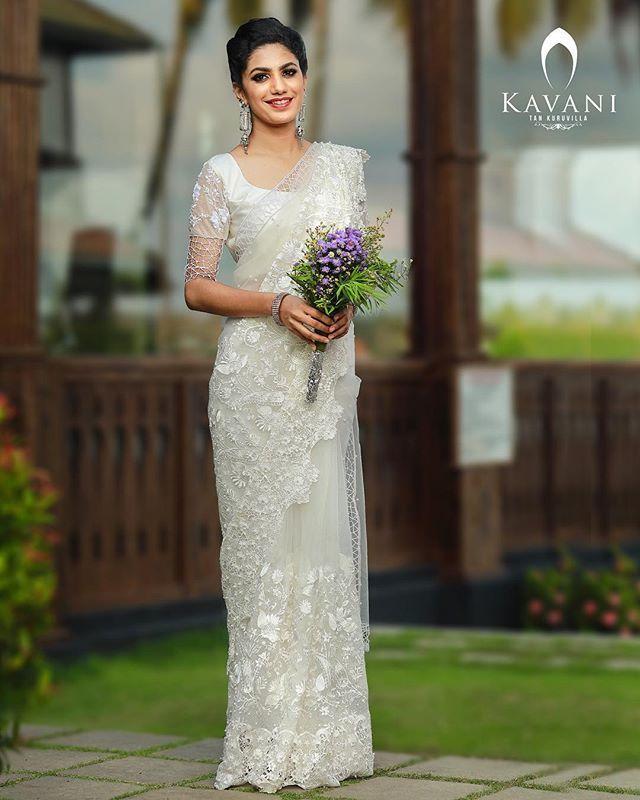 Christian Wedding White Gown: Really #elegant And #beutiful #whitelace #bridal #saree