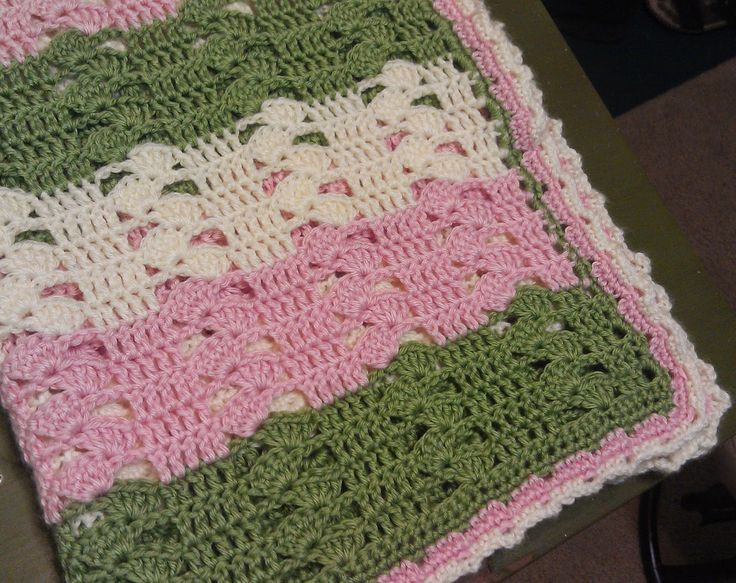 Lightweight Baby Afghan Crochet Pattern : 361 best images about Crochet baby blankets on Pinterest