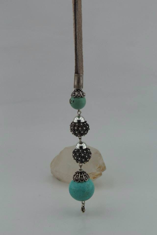 Silver Bead Necklace with Turquoise stone.