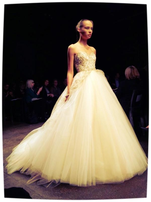 2 Be Couture Wedding Dress : Mermaid wedding gowns trends and gold dresses