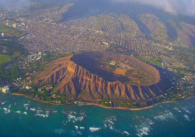 Diamond Head Crater, Hawaii | ダイアモンドヘッド、オアフ島