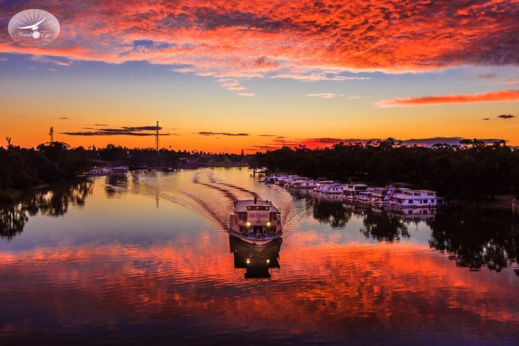 A M A Z I N G photographers we have in #Mildura Aaron at Hawkeye Photography has outdone himself with this one!!
