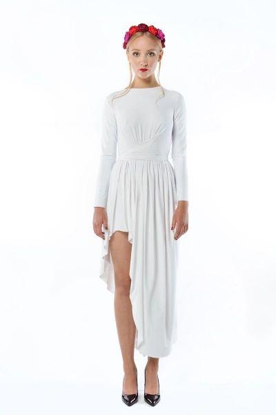 Cristina Patria Maxi White : wysmuklająca biała suknia