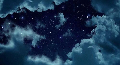 """""""E quando non avrai altra luce a rifulgere in te, quando il resto del mondo si spegnerà, non dimenticare di guardare le stelle... """" [Mary Chioatto]"""
